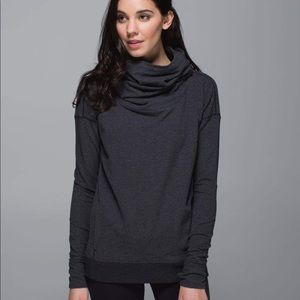 StressLess Pullover in Heathered Black